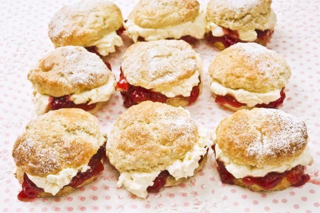 instructions on how to make scones