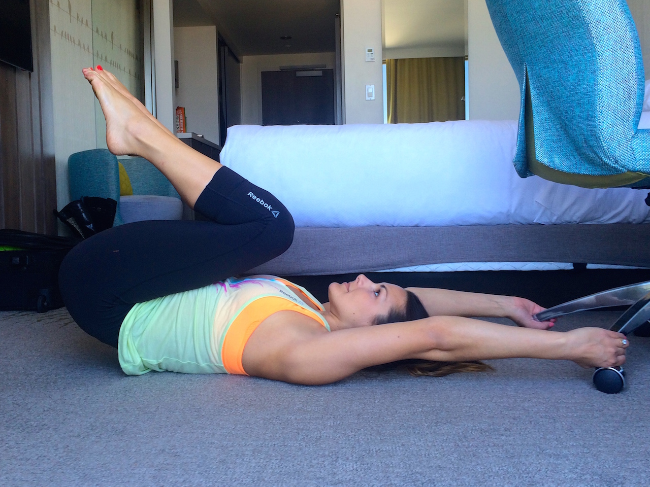 reverse ab crunch instructions